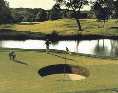 Trump's controversial new golf course opens! 😀
