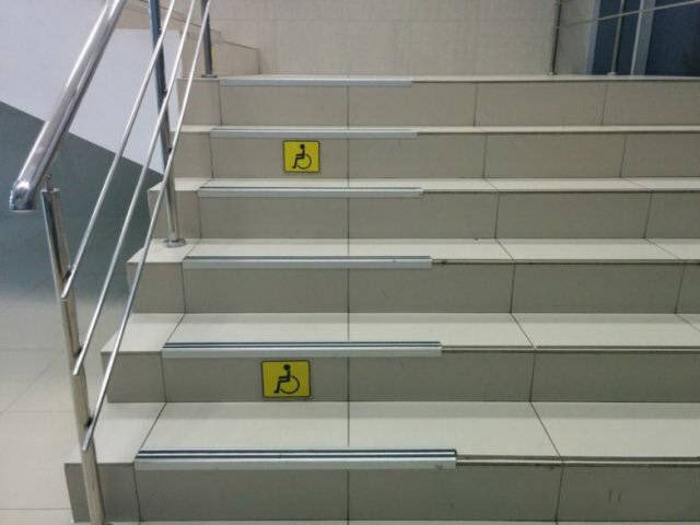 Thoughtful disabled stairs! 😀