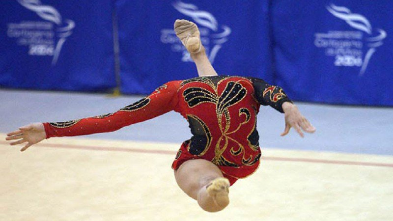 Gymnastics! Don't lose your head! 😀
