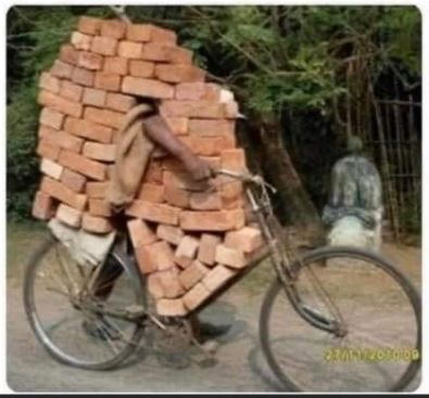 Builders return to work after Boris' clear speech! 😀