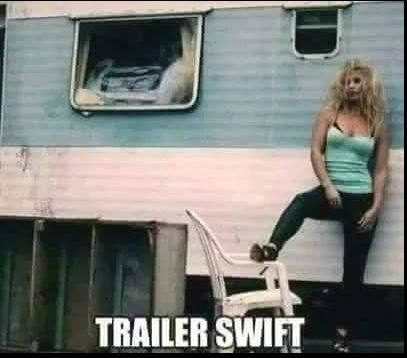 Taylor Swift's twin sister? 😀